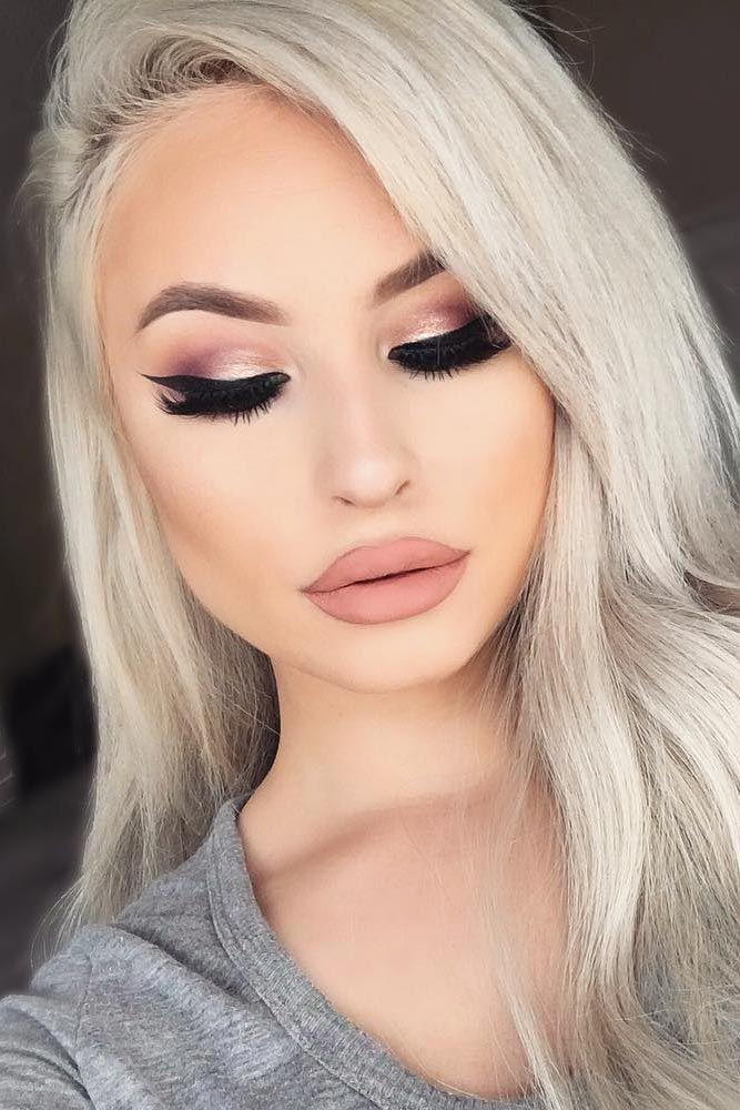 Rose Makeup Brushes: Rose Gold Makeup Looks