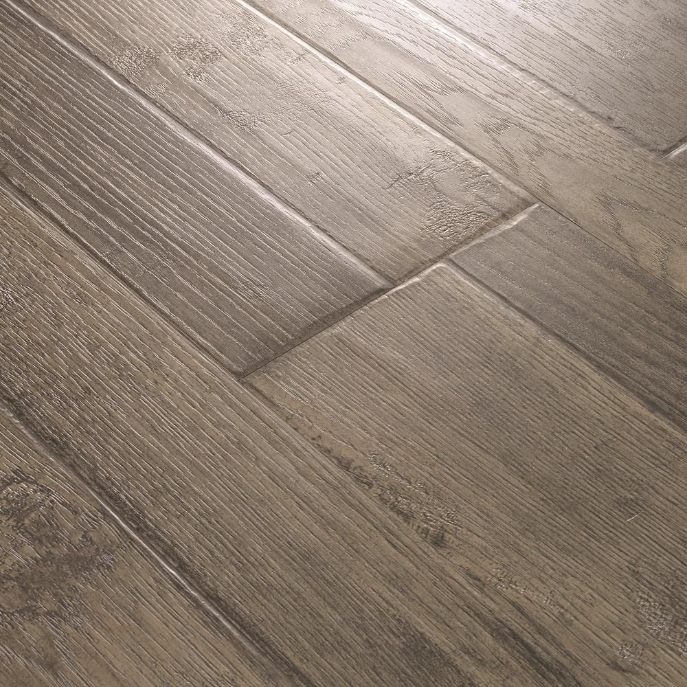 Pergo Outlast Bayshore Grey Hickory 10mm Thick X 7 1 2 In Wide X 47 1 4 In Length Laminate Flooring 19 63 Sq Ft Lf000972 Flooring Pergo Outlast Laminate Flooring