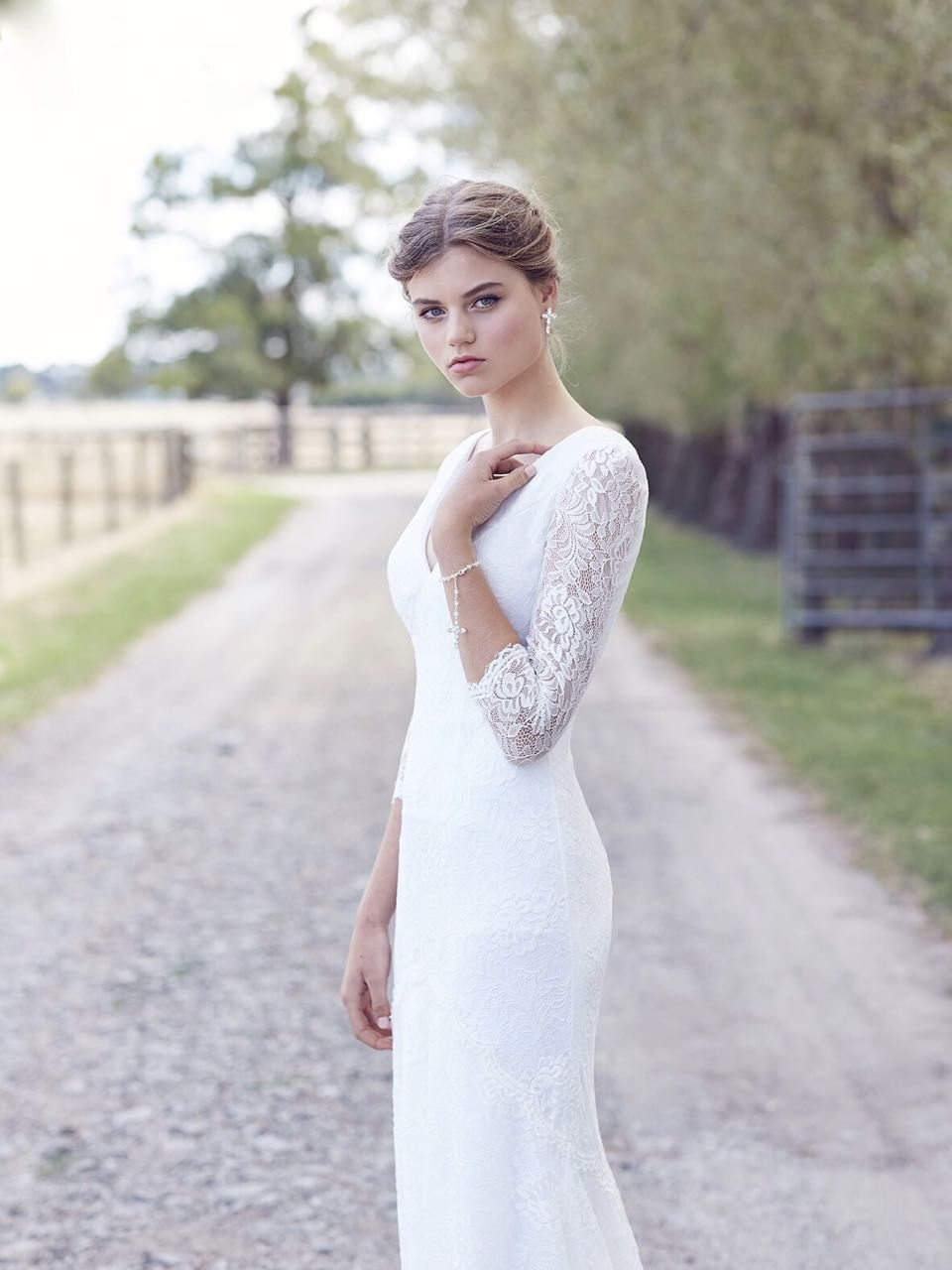 ivory wedding dress in Melbourne | The Australia Collection ...