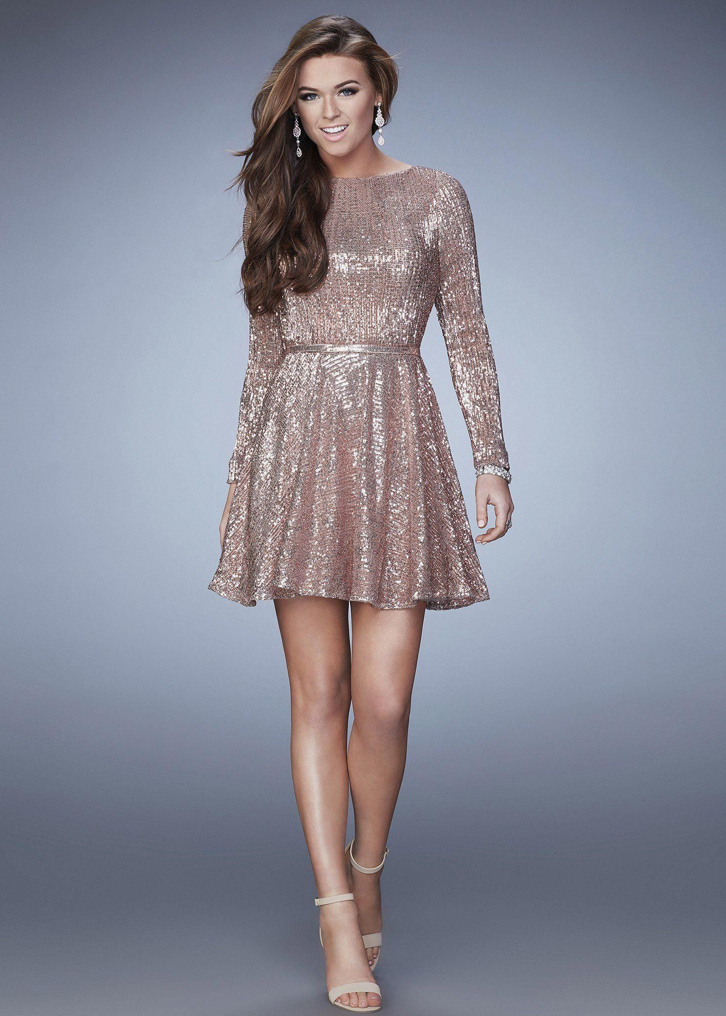 73479153af9 Shimmer from head to toe or