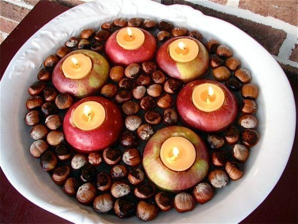 ausgehöhlte Äpfel kerzenständer-eicheln herbstliche dekoration,