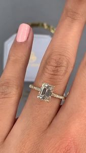 Photo of Emerald cut diamond engagement ring – Stylebekleidung.com