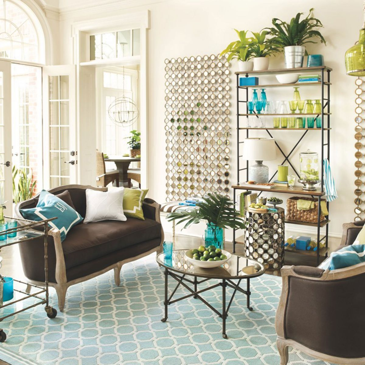 Seriously in love with the turquoise rug! | Home Inspiration ...