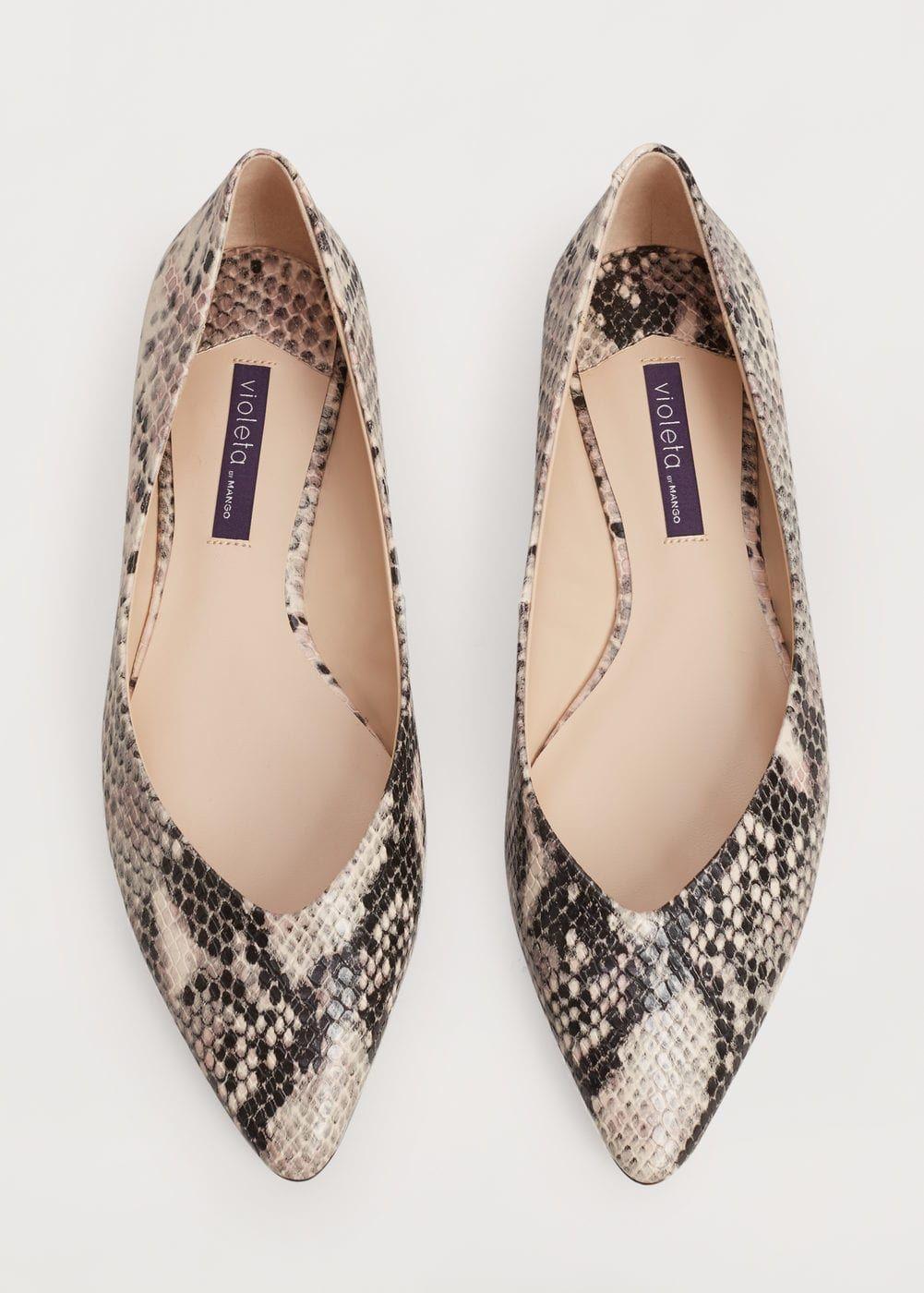 d895e498 Zapato plano efecto serpiente - Tallas grandes en 2019 | MANGO ...