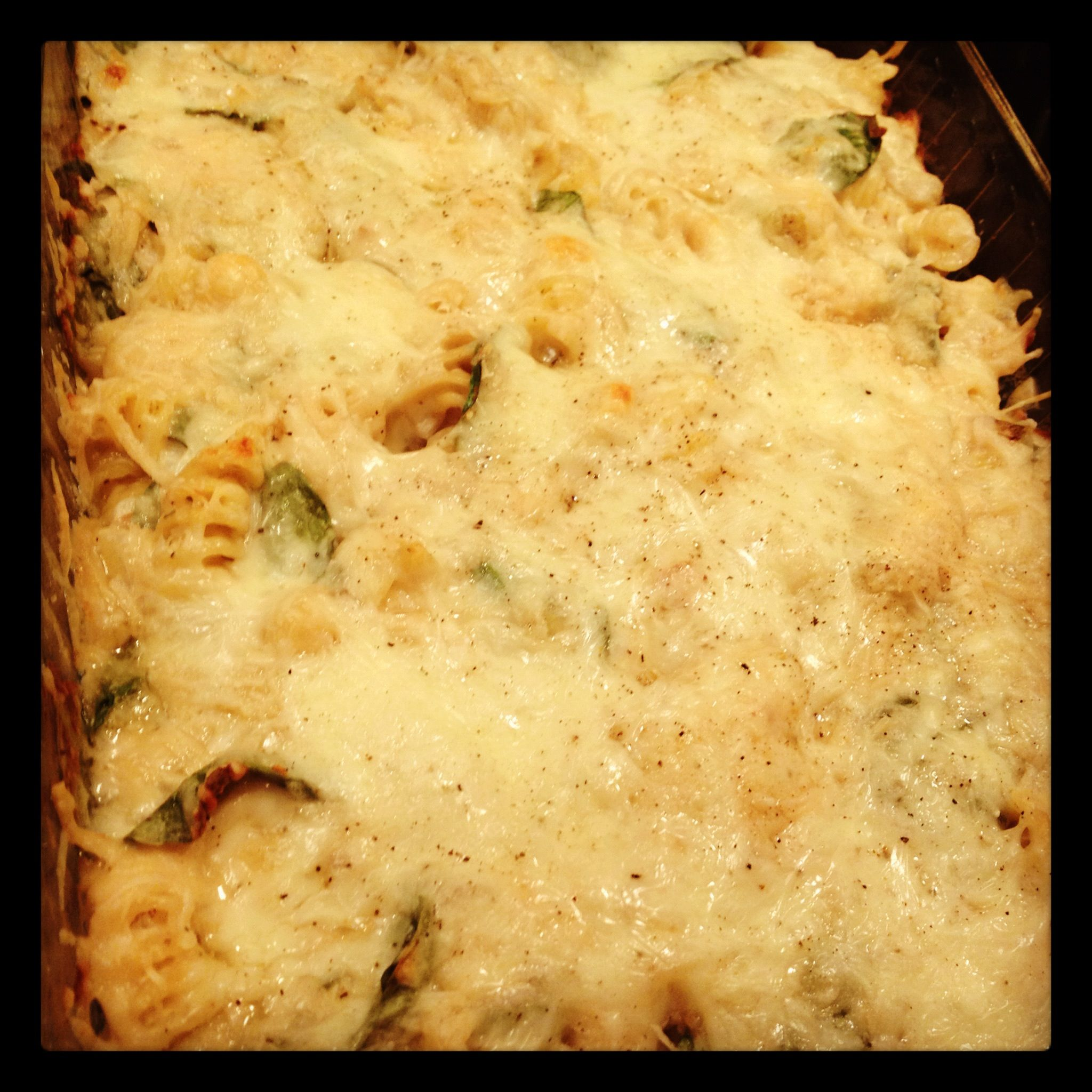Spinach and Artichoke Baked Pasta -- Sounds tasty.