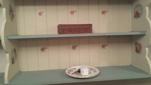 Decoupage wall shelving