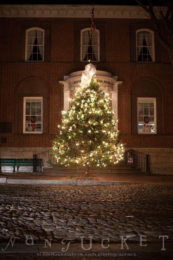 Christmas tree Main Street (CH)