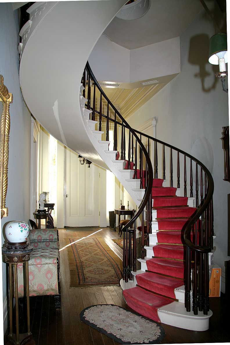 40 Breathtaking Spiral Staircases To Dream About Having In Your Home ...