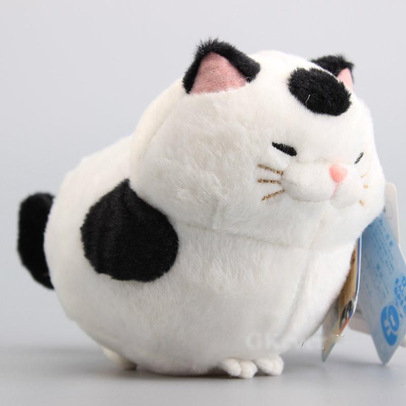This Happy Fat Cat Will Make You Smile This Japanese White Cat With