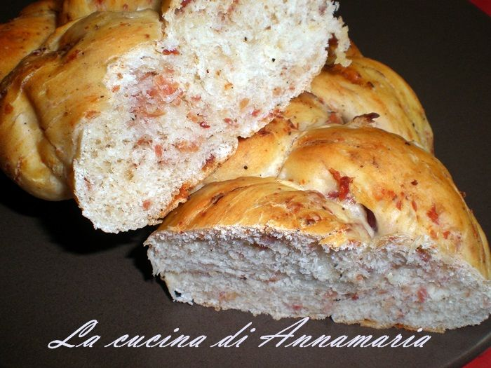 Treccia rustica morbidissima, ricetta   Books Worth ...