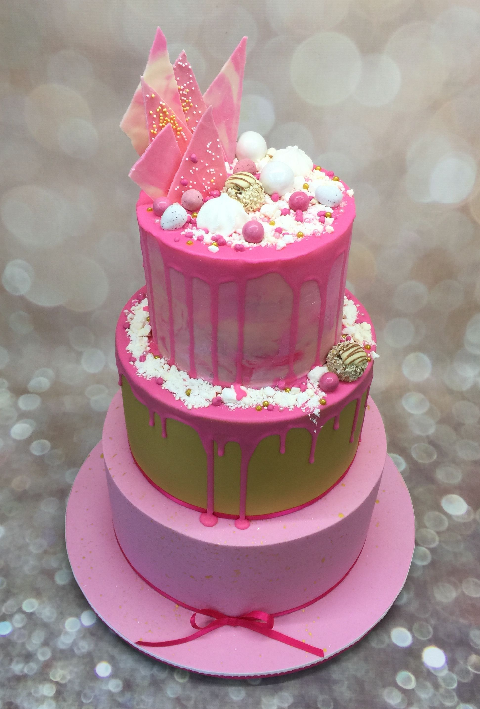 #dripcakes   Homemade cakes, Chocolate cake designs