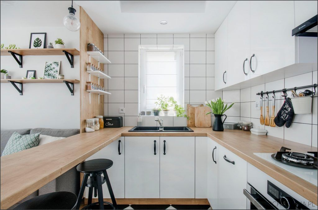 Piekny Drewniany Blat To Marzenie Wielu Osob Remontujacych Swoja Kuchnie Do Popularnych Teraz Bialych Fr Kitchen Decor Inspiration Kitchen Decor Home Styles