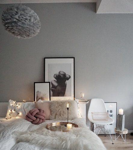 Die schönsten Wohn- und Dekoideen aus dem November Interiors - wandfarbe schlafzimmer weisse möbel
