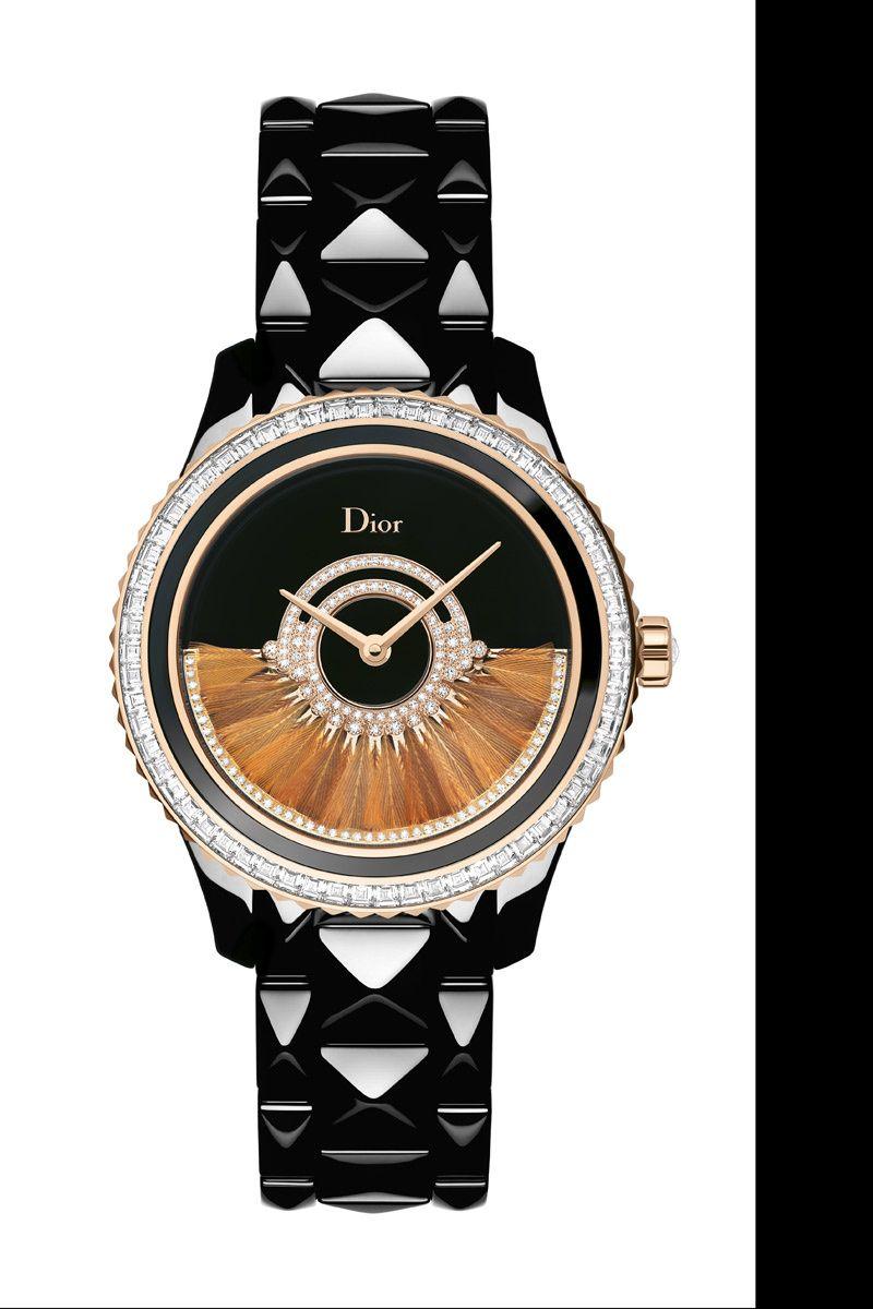 0b4b81aaefbe Reloj Dior VIII Grand Bal Plume en cerámica y oro rosa. Diamantes decoran  la corona