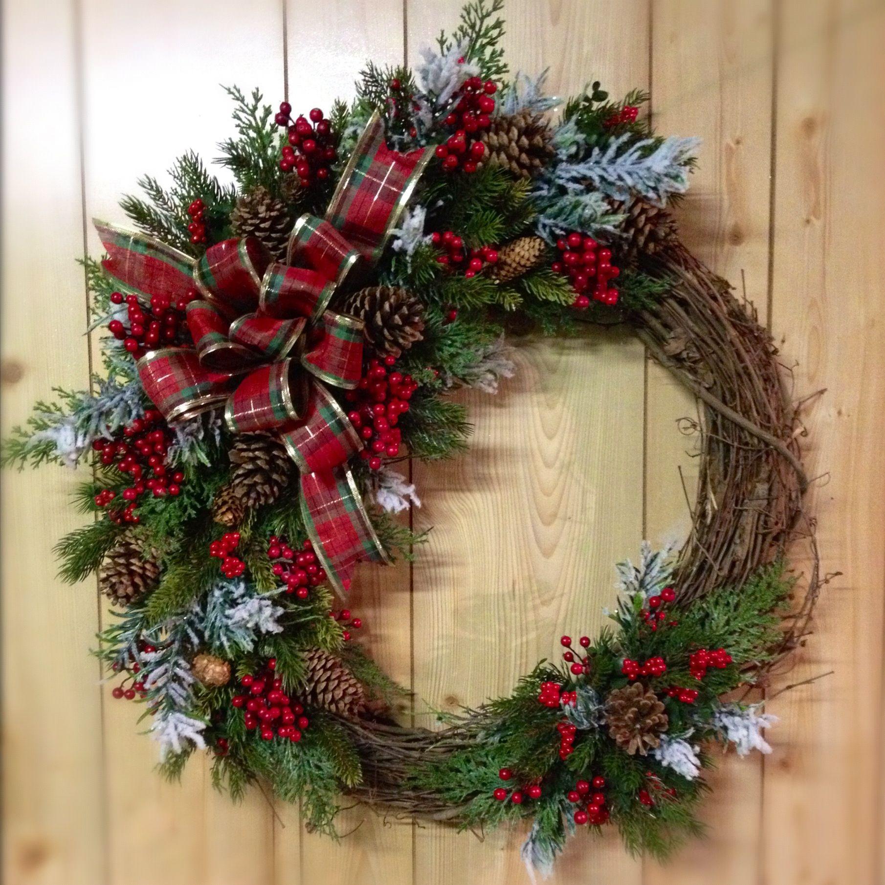 39 Oh So Dollar Store DIY Christmas Decor Ideas