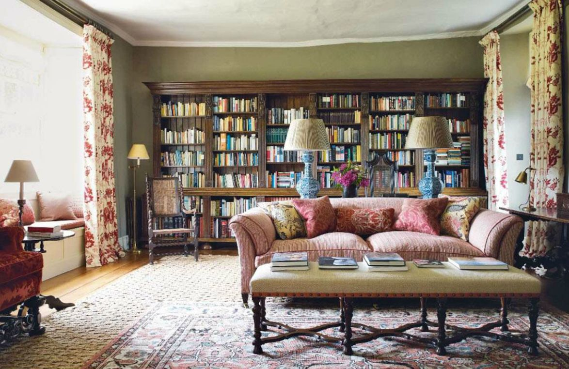 Traditional English Country Manor Style Living Room