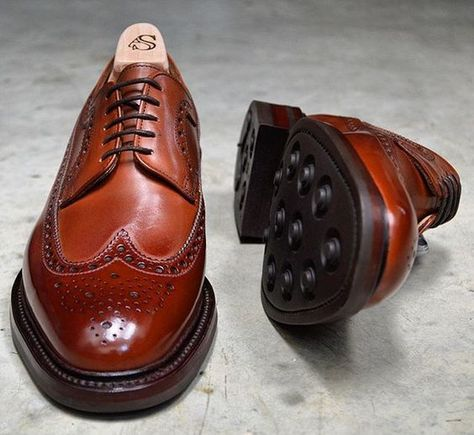 American longwing Shoreditch in Mahogany calf with dainite soles made by  Alfred Sargent ddce8434b871