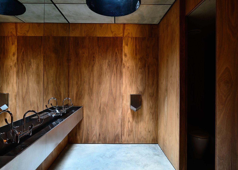 Ccceacyfehppguxsgg space bathroom