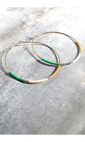 Tassia Canellis créoles vertes Maya #boucles #earrings #green #white #orange #jewels #bijoux #summer #creoles #maxi #tassiacanellis