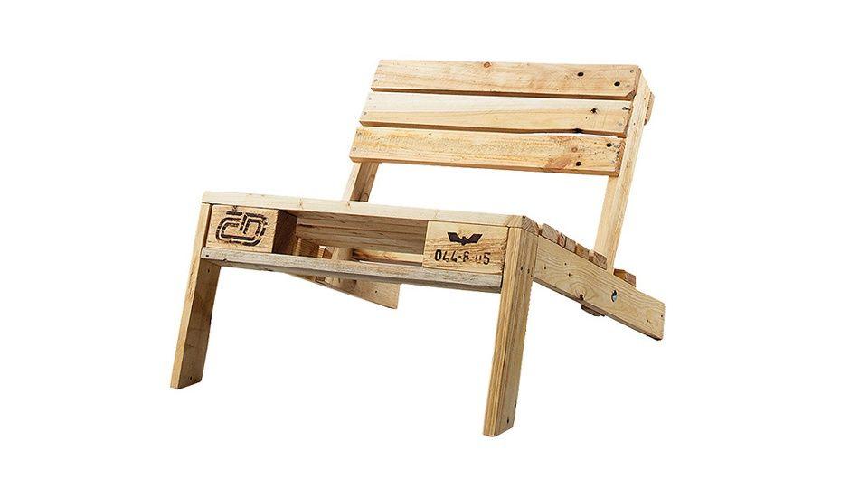 monoqi paletten stuhl natur shipping container pallet chair pallet furniture und pallet. Black Bedroom Furniture Sets. Home Design Ideas