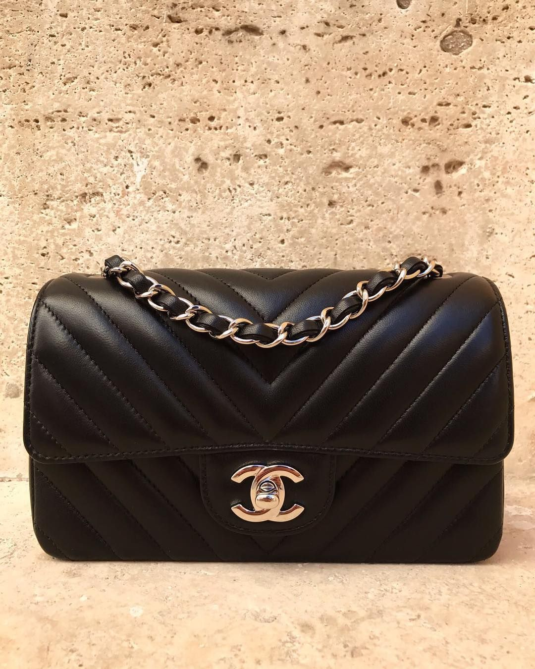 abf938b1b9f1 Chanel -- Mini Rectangle, Black Lambskin Chevron | fashion and style ...