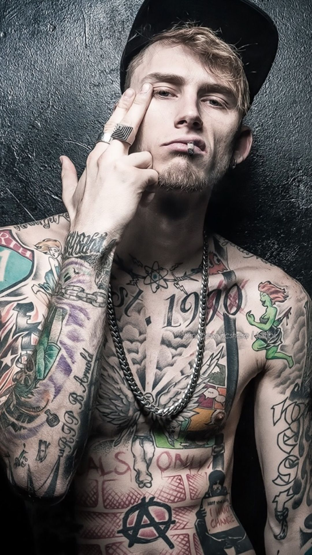 pin by teanna royer on mgk in 2018 pinterest machine gun kelly
