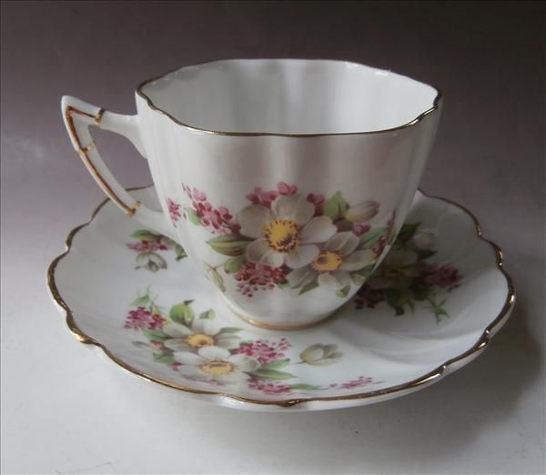 Cup Saucer Bone China Vintage English Pink Green White Gold