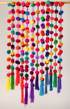 Pom pom Garland / Pompoms / Mexican Handmade pom poms / Colorful Strand / set of 6, 10, 25 / Bechelorette / boho decor / wall hanging