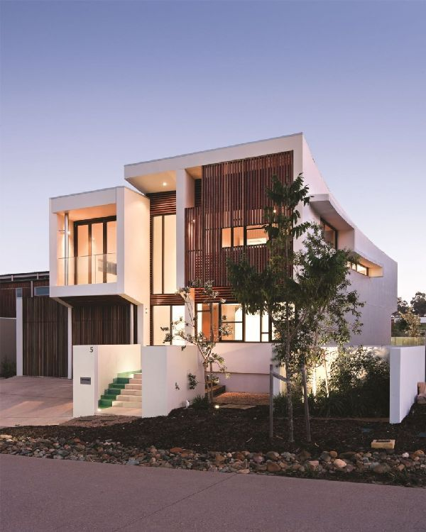 Modern Homes Front And Back: Luxury Minimalist Two Face House Front And Back