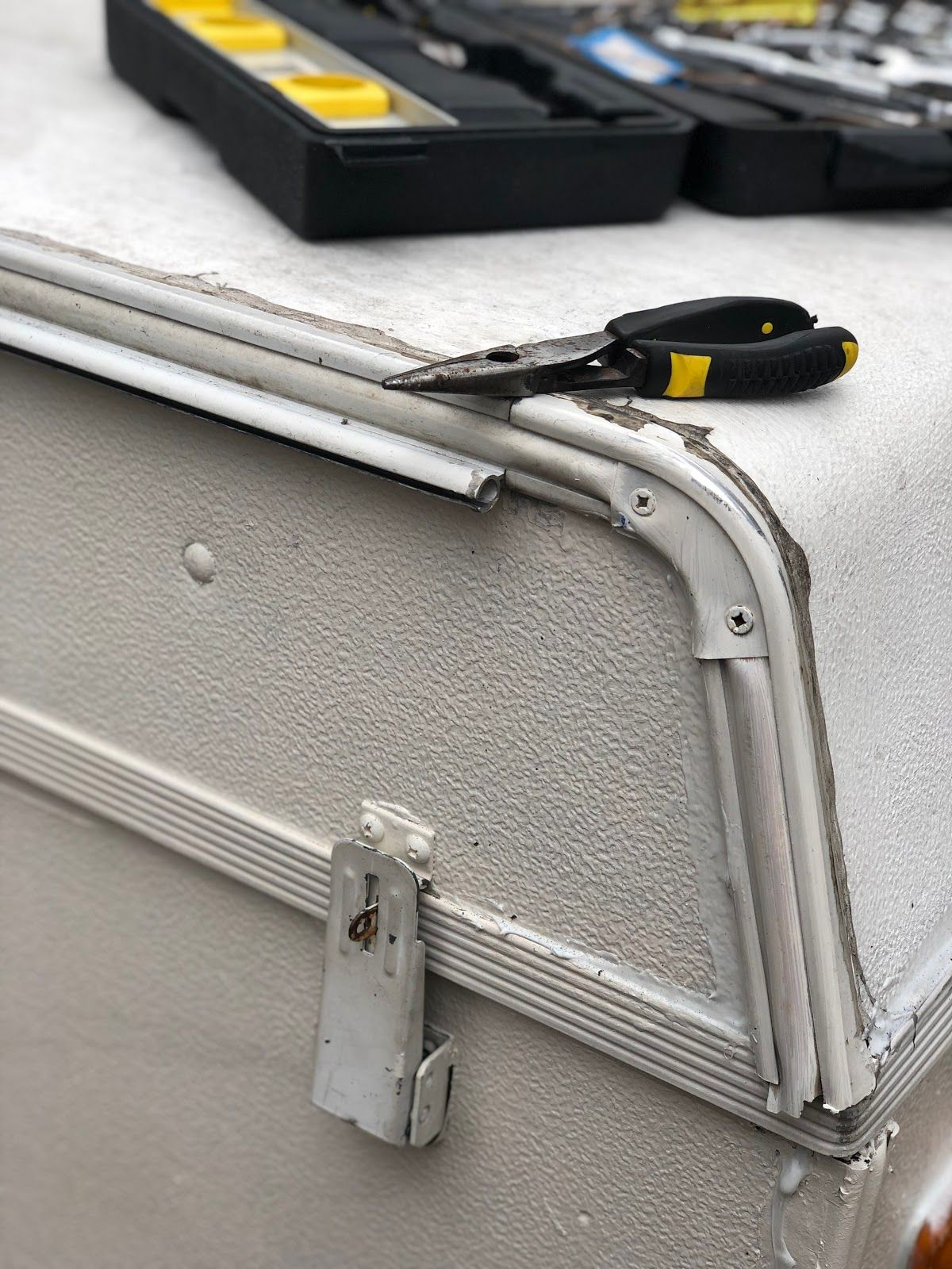 Replace Your Bag Awning on Your Pop Up Camper | Pop up ...