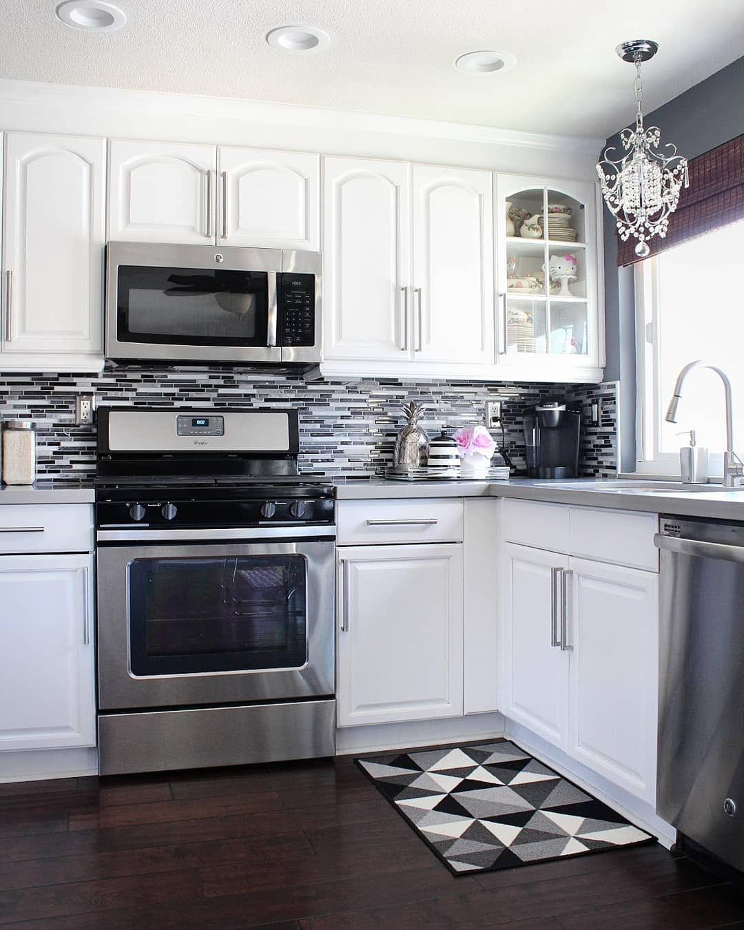 The Easiest Way To Renovate Your Kitchen: Waking Up To A Clean Kitchen Is The Best Way To Start The