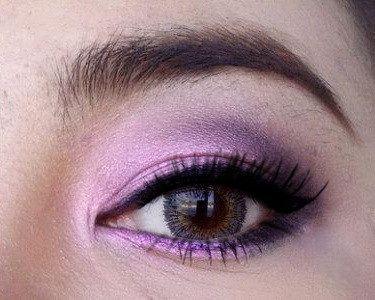Lily Eye