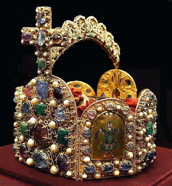 Imperial Crown of the Holy Roman Empire, 10th century; in the treasury of Hofburg palace, Schatzkammer, Vienna.