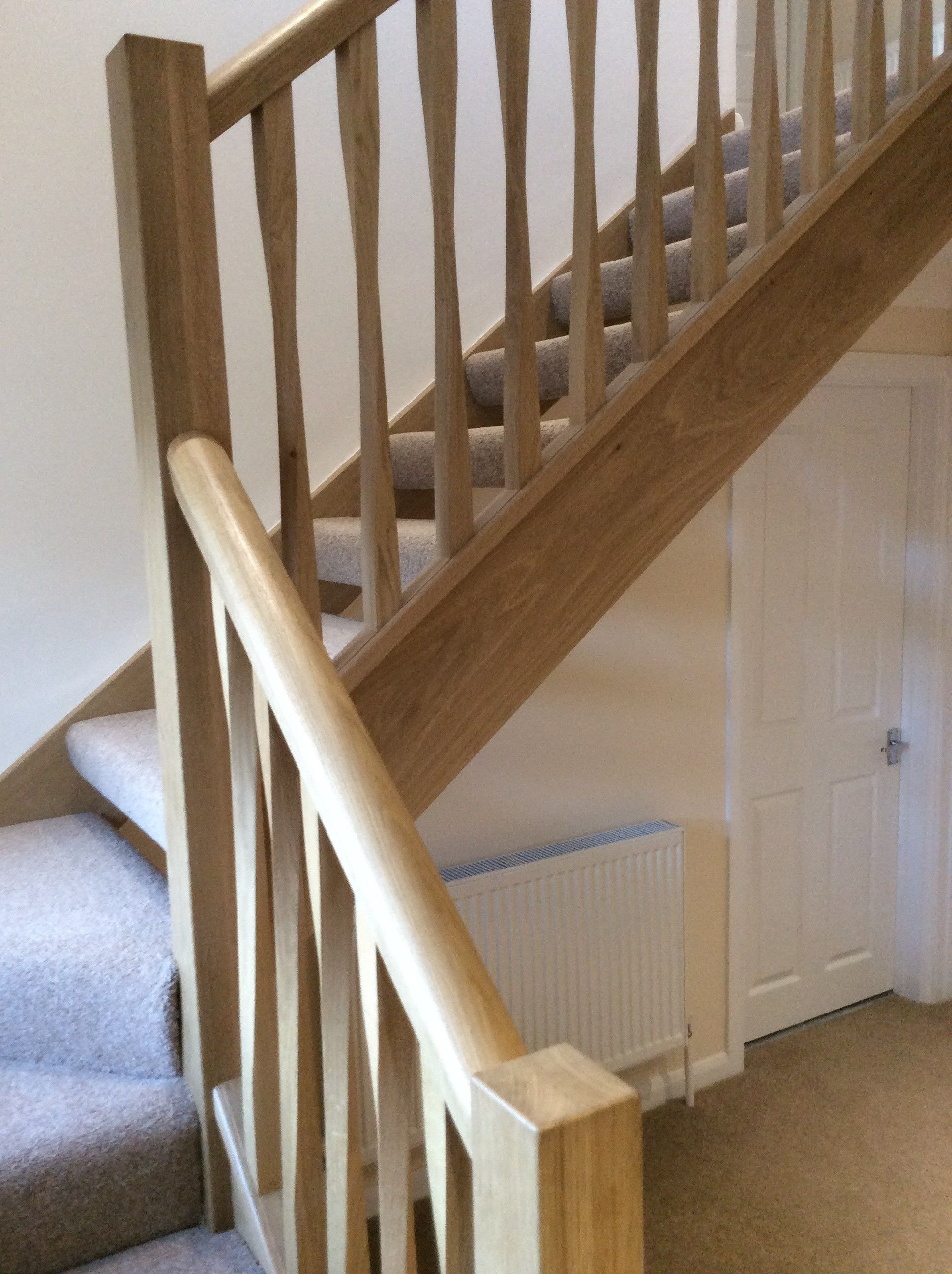 Best Open Tread Oak Staircase With Contemporary Twist Spindle 400 x 300