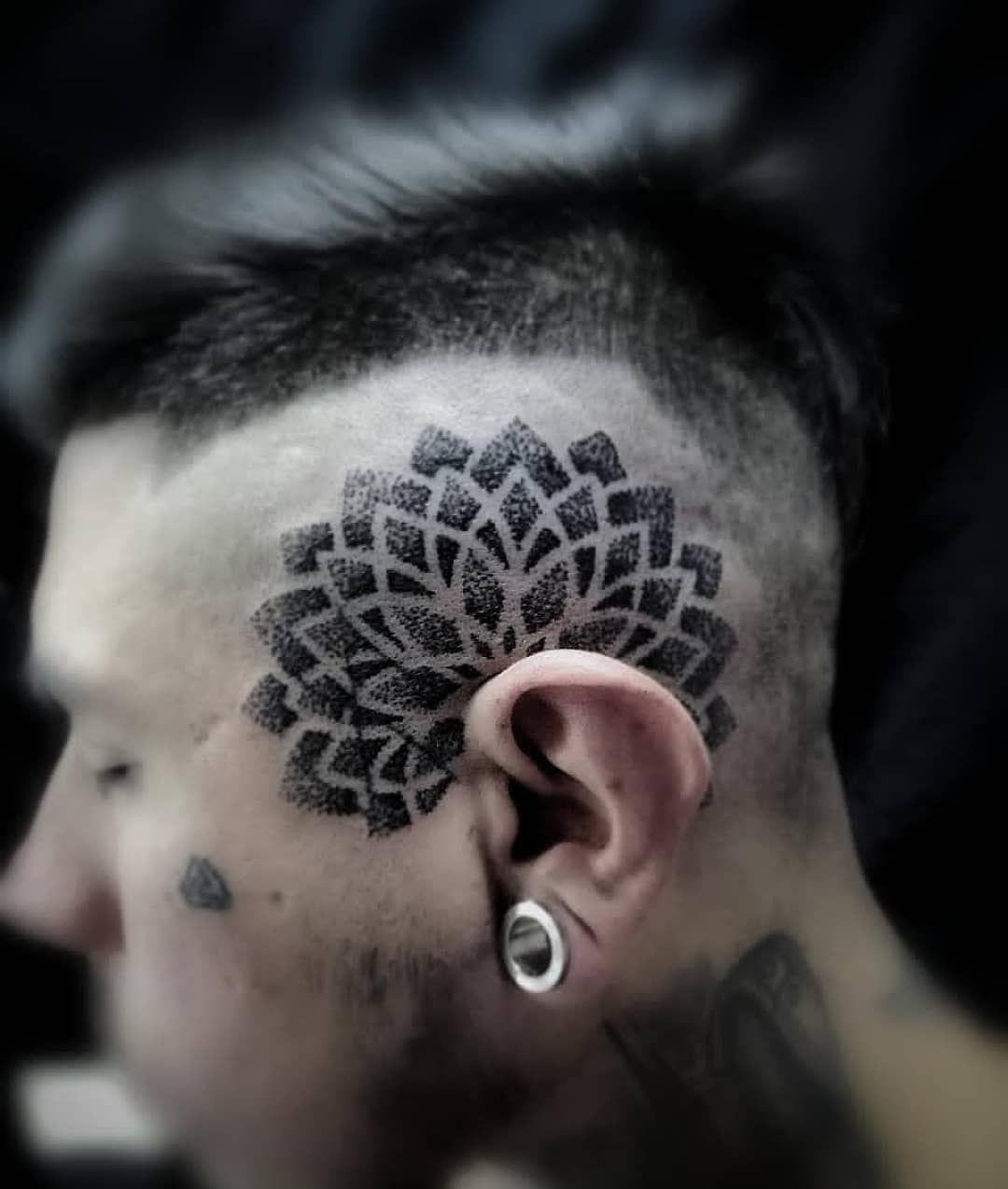 Sigan a @josephmontesr para más trabajos asombrosos. Artista #pommenoireart - - #tattooed #tattoodesign #tattoolife #tattoolover #art #abstractart #sketch #realismotattoo #draw #arttattoo #instagood #instapic #artist #tattooist #geometrictattoo #blackwork #tattooideas #Tattoo #perutattoo #tattoostyle #peru #tattooofday #blackwork #tatuajes