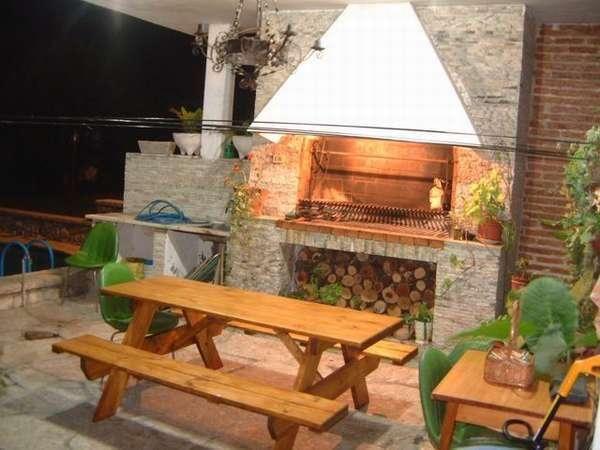 Decoraci n de quinchos portones pinterest quinchos for Decoracion jardin barbacoa