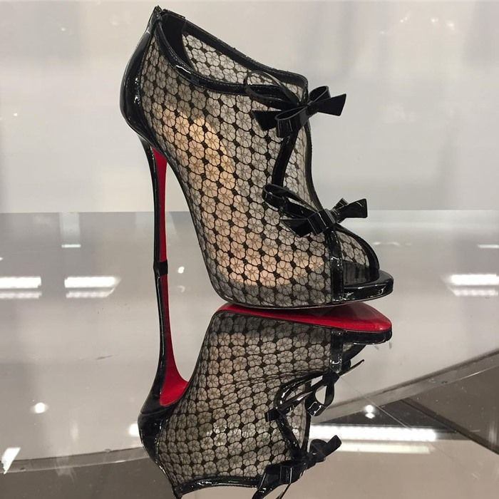 cc087709ed3 Christian Louboutin 'Empiralta' 120 Bow-Embellished Embroidered Mesh ...