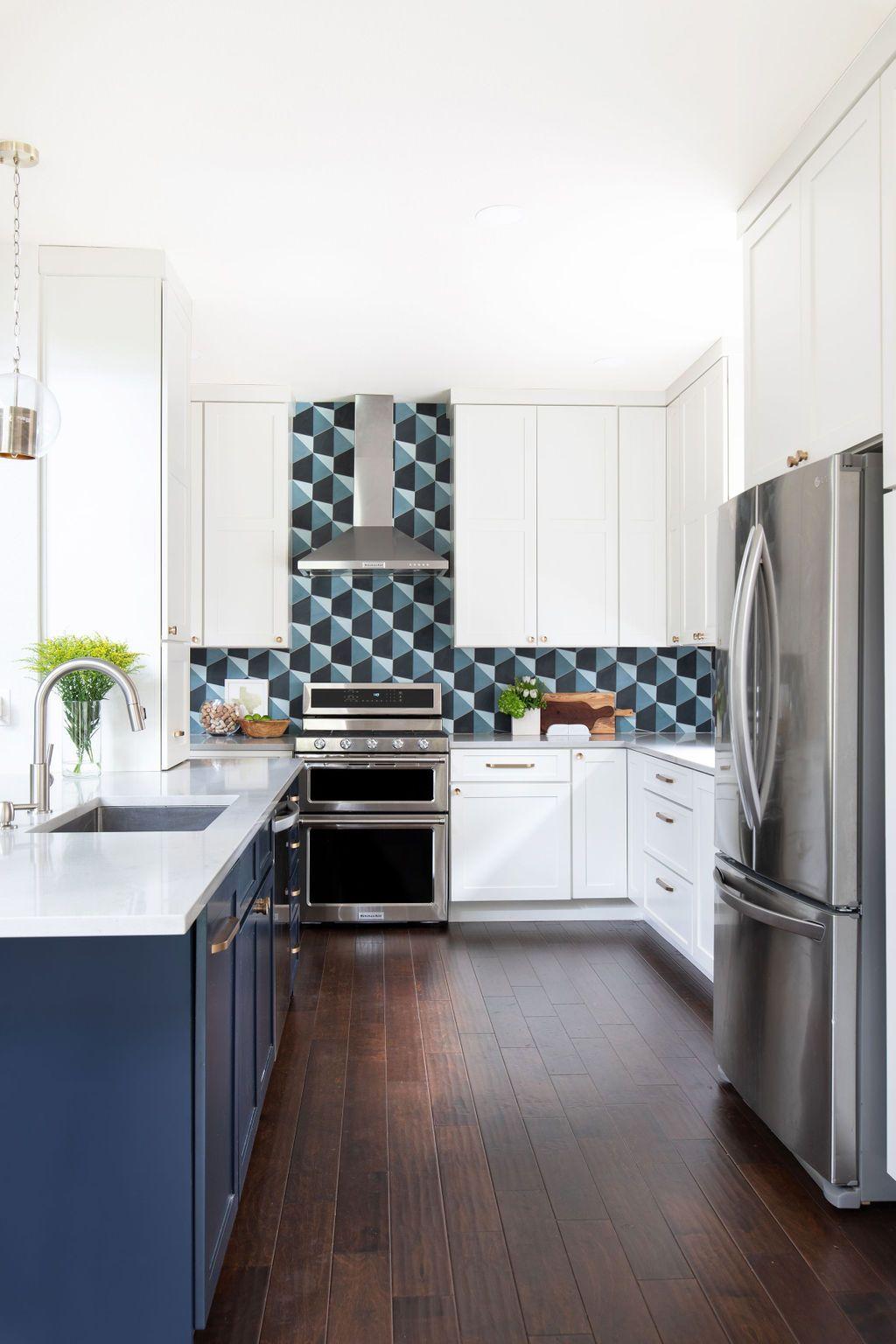 Hello Kitchen Austin Tx Kachina Dr In 2020 Kitchen Design Kitchen Kitchen Projects