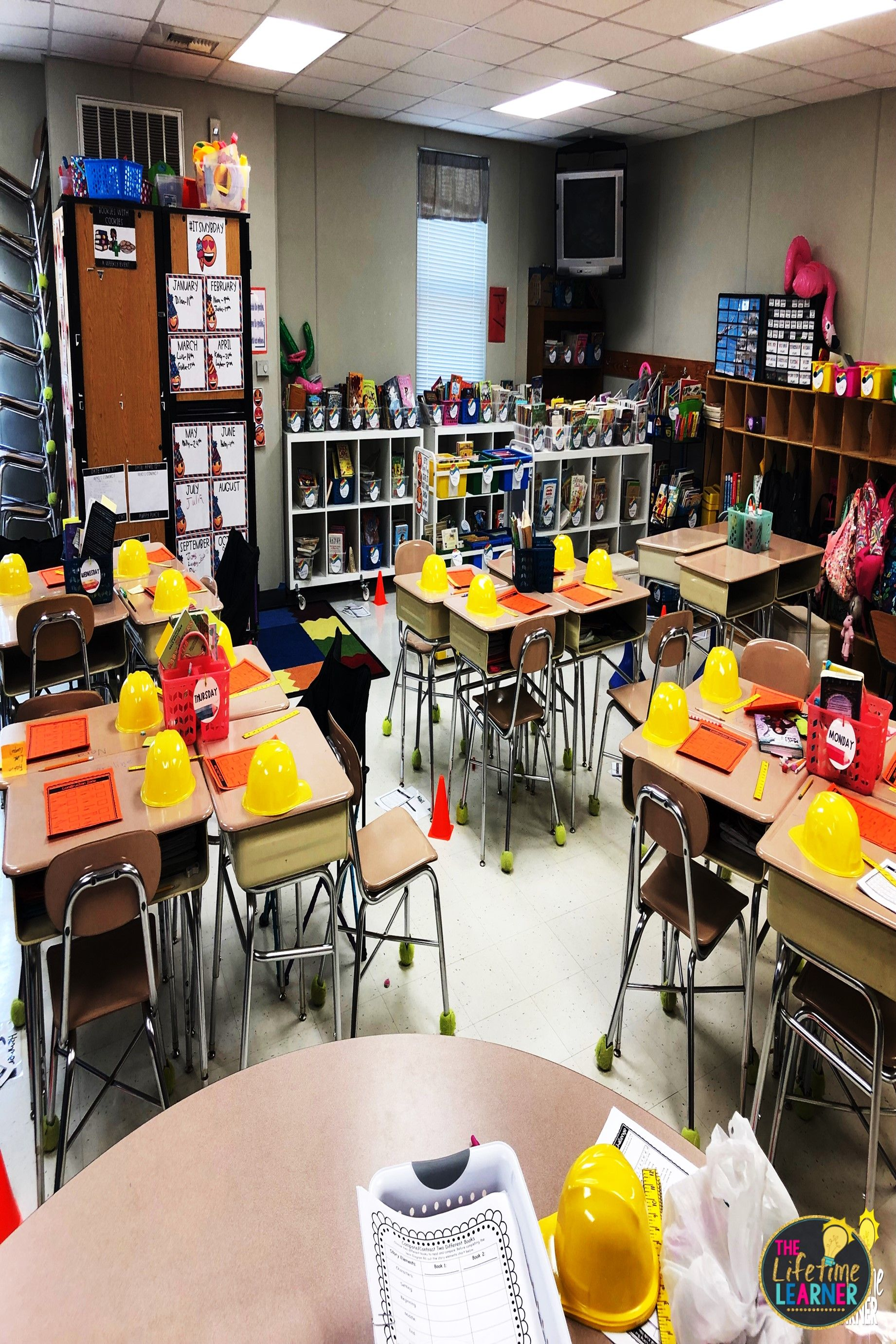 Check Out This Fun Construction Shop Classroom