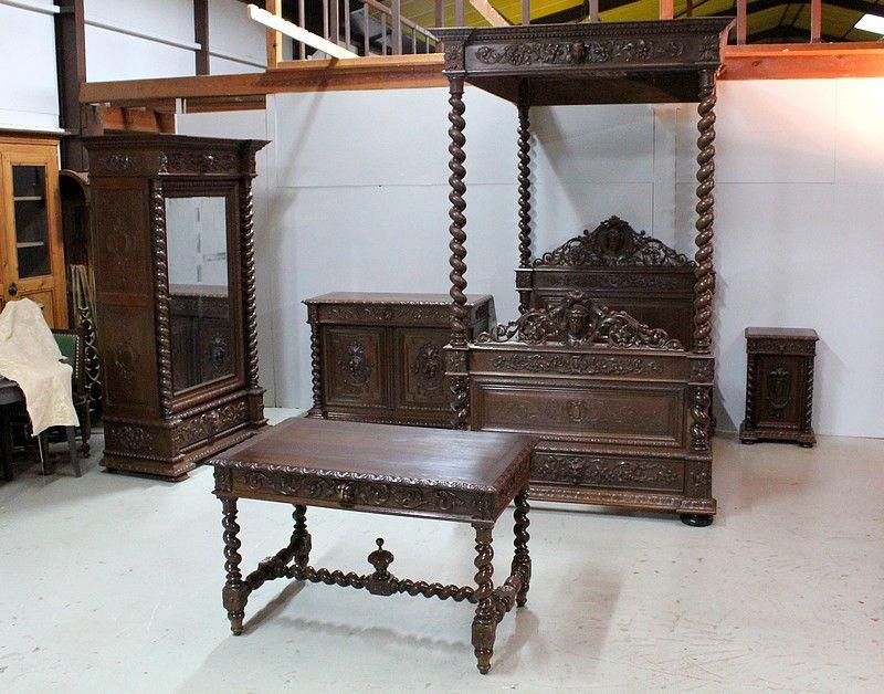 Ensemble Chambre A Baldaquin Louis Xiii Xixeme Antiquites Lecomte Baldaquin Chambre A Baldaquin Mobilier De Chambre
