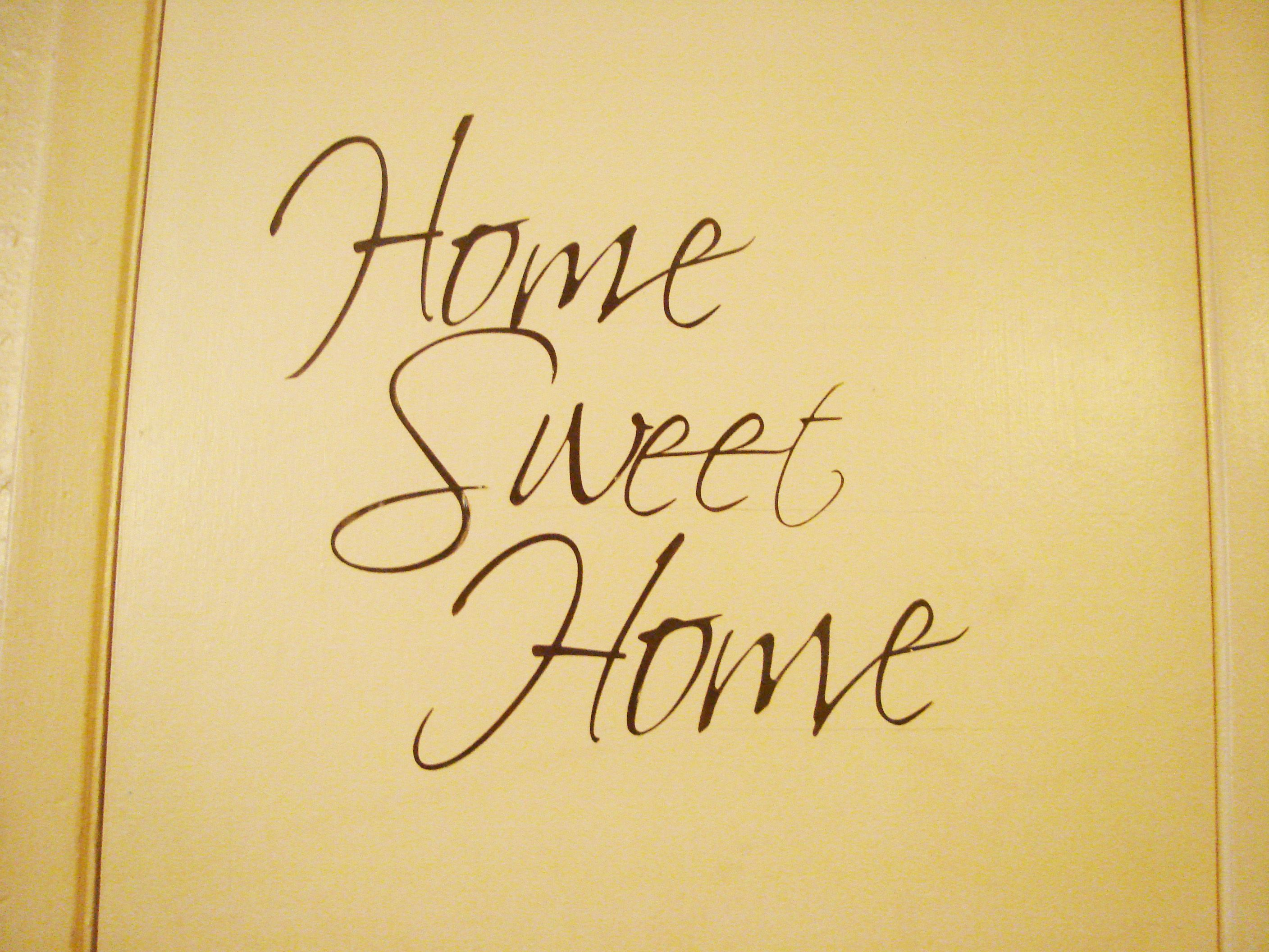 Make Vinyl Wall Quotes Using Your Cricut Die Cut Machine | Pinterest ...