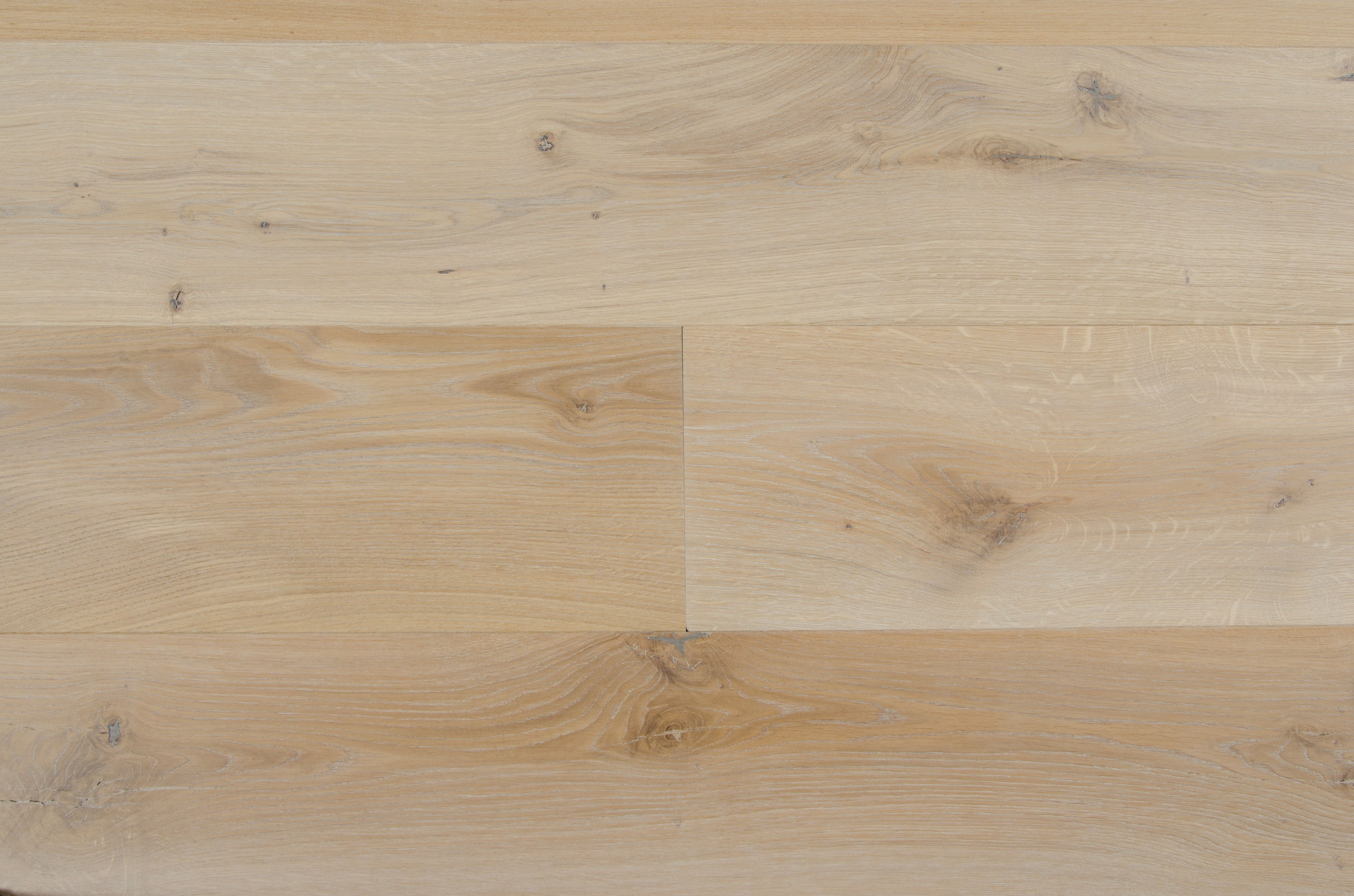 European Oak Leon Species European Oak Color Leon Width S 5 7 8 10 Construction E Hardwood Floors Prefinished Hardwood Hardwood