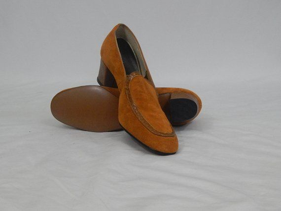 Vintage Deadstock 70s Seventies Hush Puppies 7 1 2 N 7 5 Narrow Square Toe Slide On Chunky Heels Brown Suede Brown Snakeskin Heels Mod Snakeskin Heels Hush Puppies Chunky Heels