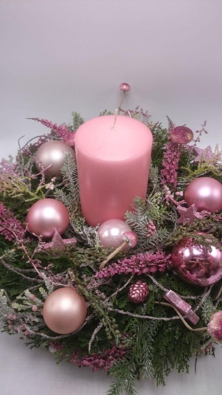 Weihnachtsgesteck Adventskranz Adventsgesteck Kerze Kugeln Pilze