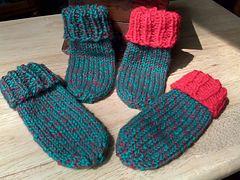 Ravelry: Newborn Baby Christmas Bootie Socks pattern by Ellen Lynch