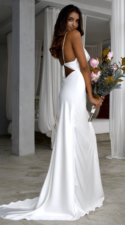Minimalist A Line Wedding Dress Wedding Gown Wedding Dress A Line Wedding Dress Plain Wedding Dress In 2021 Popular Wedding Dresses Simple Wedding Gowns Black Bridesmaid Dresses Long [ 1429 x 794 Pixel ]