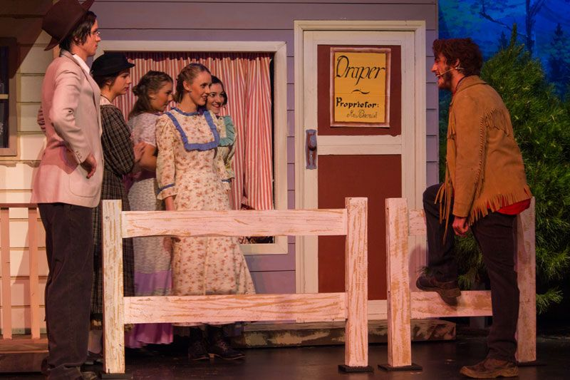 2012-08-10-Seven-Brides-for-Seven-Brothers-08.jpg (800×533)