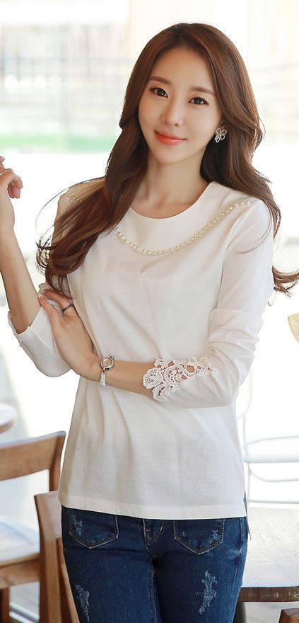 StyleOnme_Pearled Neck Laced Sleeve Tee #tee #top #lacedhem #beaded