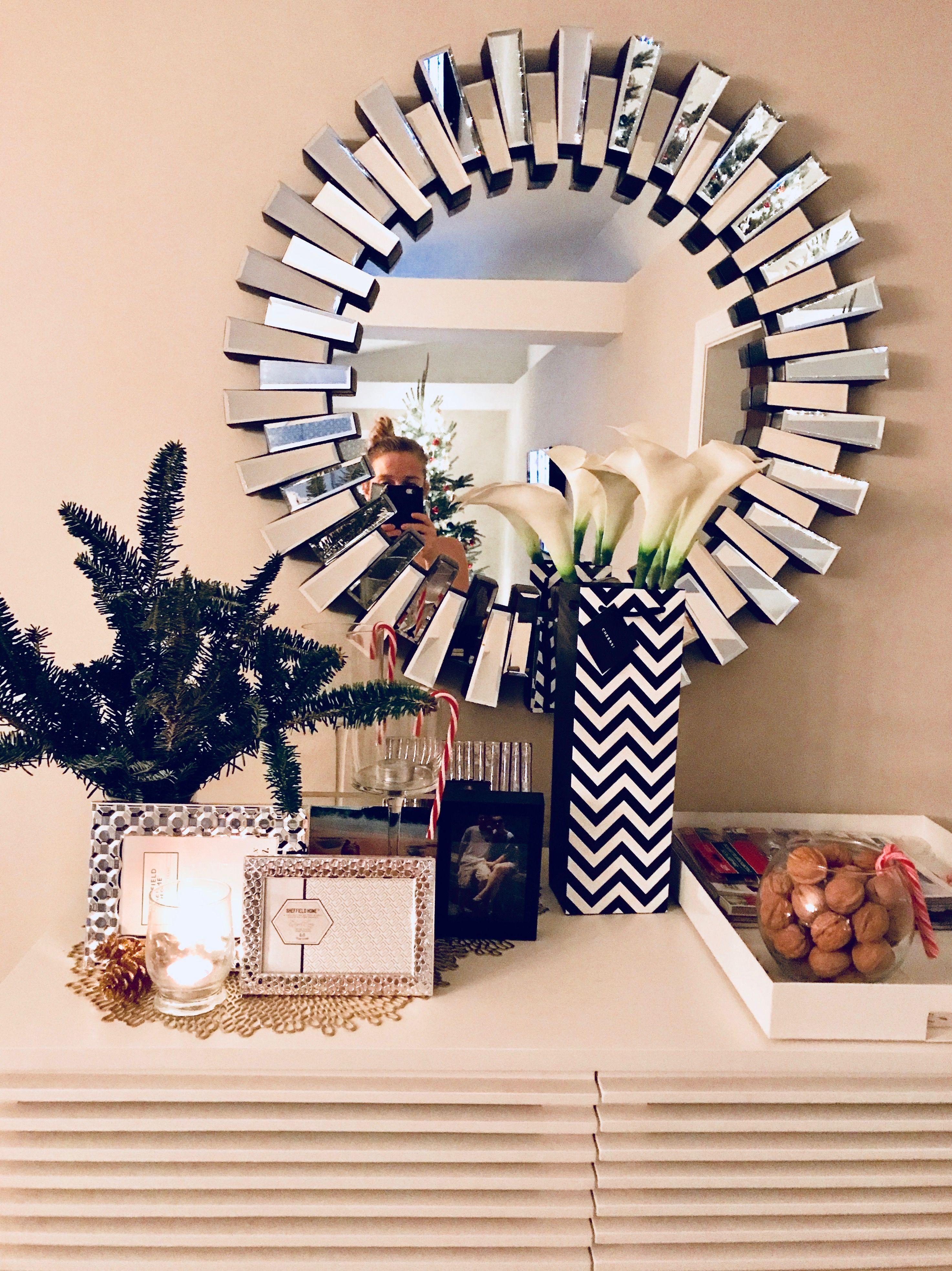 Tahari Circular Accent Mirror Interior Spaces In 2019 Mirror Tahari Home Mirror Shapes