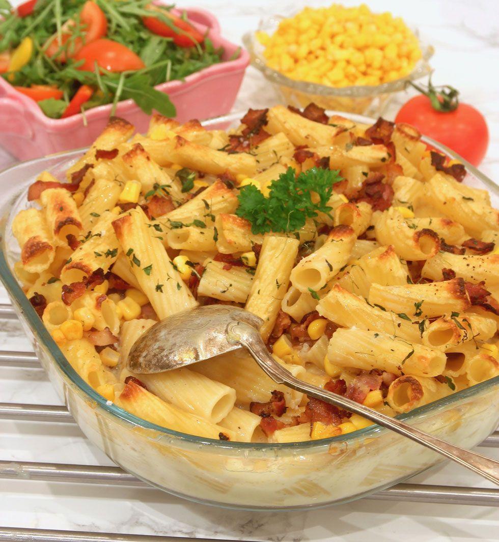 Bacon Och Pastagratang Middag Matlagning Bacon